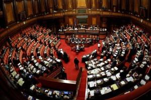 Interno dell'aula di Montecitorio, sede della Camera dei Deputati