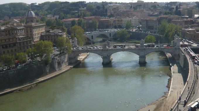 """Il Tevere a Roma rappresenta una """"questione nazionale"""""""